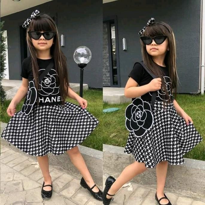 Conjunto para niñas ( Falda + Camiseta + goma de pelo)